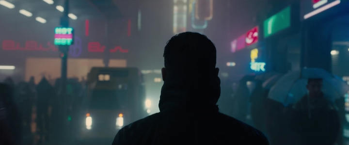 Blade Runner 2049, Film Cyberpunk- Ryan Gosling Shade Neon City